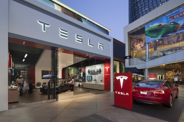 tesla-store-los-angeles