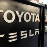 Tesla переманивает владельцев Toyota Prius