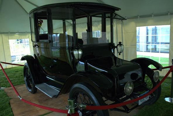 Detroit-Electric-1914-LaMonica