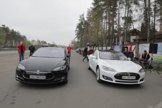 tesla model s в украине