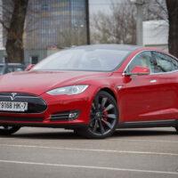 Tesla Model S появилась в Беларуси