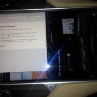 Хакер узнал о внутренностях бортового компьютера в Tesla Model S