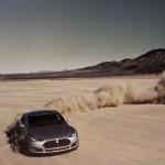 Любительский ролик доказывает, что Tesla Model S прибыла из космоса [видео]