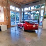 Выставочный зал Tesla становится виртуальным с помощью Google Streetview
